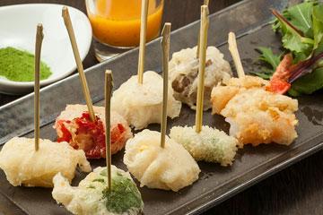 一口野菜のベニエ(米粉の天ぷら) 八種類盛り合わせ